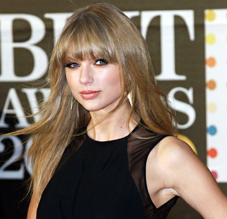 """Taylor Swift: My Ex-Boyfriends Are Allowed to """"Write Songs About Me"""" Too"""