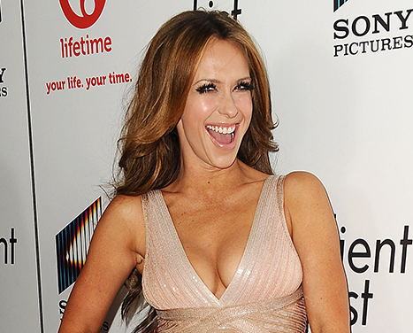 "Jennifer Love Hewitt Jokes That Her Boobs ""Are Worth $5 Million"""