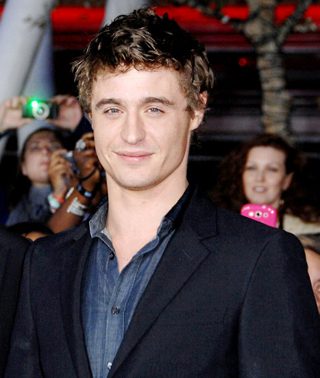 """Max Irons Thought He Was Too """"Pale"""" and """"Pasty"""" for Lead Role in The Host"""