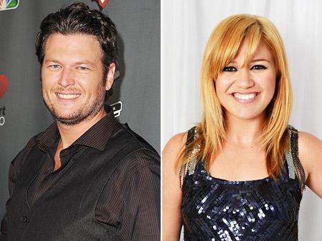 Blake Shelton Will Officiate Kelly Clarkson's Wedding