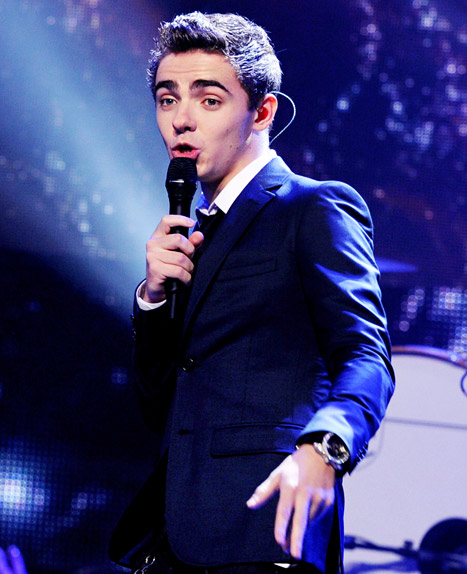"Nathan Sykes to Undergo Throat Surgery: Taking ""Unforeseen Hiatus"" From The Wanted"