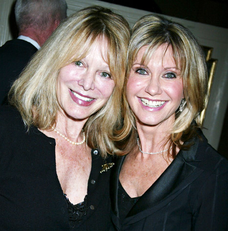 Olivia Newton-John's Sister Has Brain Cancer, Singer Delays Vegas Shows