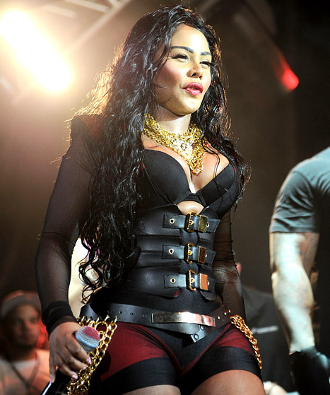 Lil' Kim's Face Looks Unrecognizable at Hot 97 Event: Picture