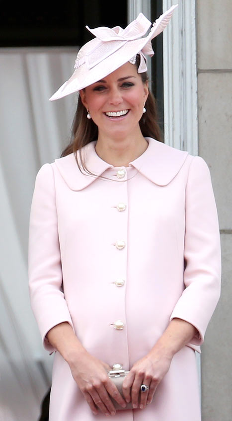 Kate Middleton Goes Into Labor, Checks Into Hospital
