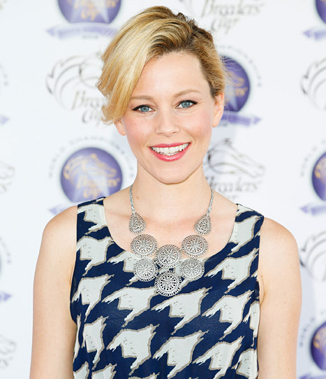 """Elizabeth Banks: """"I've Definitely Made Out With a Few Girls in My Time"""""""