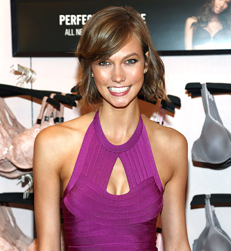 """Karlie Kloss Told She's """"Too Famous"""" to Walk in Runway Shows"""