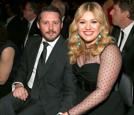 "Kelly Clarkson's October Wedding to Brandon Blackstock: ""I'm So Over It"""