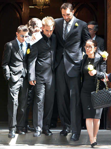 Gia Allemand Funeral: Ryan Anderson, Bachelor Alum Attend NYC Service