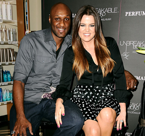 "Khloe Kardashian Kept Lamar Odom Marriage Problems ""Secret"" from Family for a Long Time"