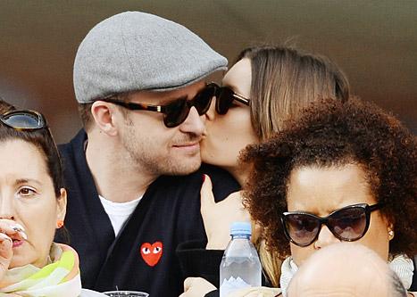 Justin Timberlake, Jessica Biel Share Rare PDA at U.S. Open: Picture