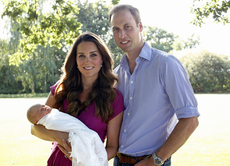 Kate Middleton, Prince William Take Prince George to Meet Great-Grandfather Prince Philip at Balmoral in Scotland