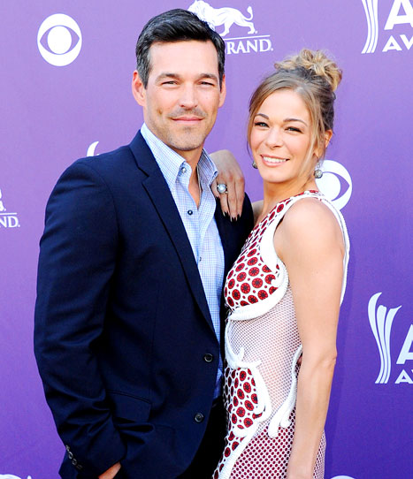 "Eddie Cibrian Slams ""Absurd"" LeAnn Rimes Divorce, Affair Rumors, Says Their Marriage Is ""Great"""