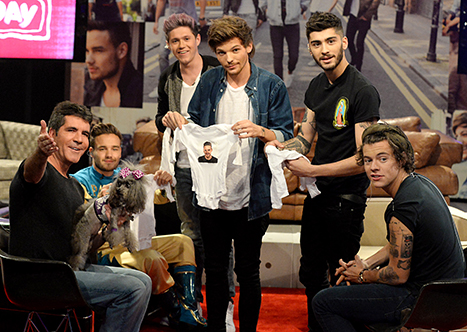 One Direction Gives Simon Cowell, Pregnant Lauren Silverman Personalized Onesies on 1D Day Live Stream Event: Pictures