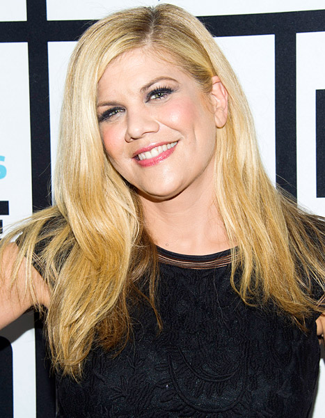 "Kristen Johnston Diagnosed With Rare Auto-Immune Disorder, Has Been ""Really, Really Sick"""