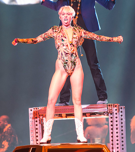 Miley Cyrus Kicks Off Bangerz Tour in Canada: See Her Shocking Outfits