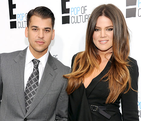 "Khloe Kardashian to Rob Kardashian on 27th Birthday: ""See Yourself Through My Eyes!"""