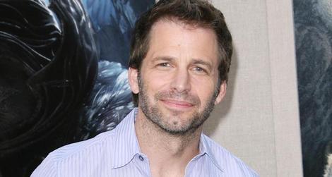 Is Zack Snyder developing a 'Star Wars' film set alongside the upcoming trilogy?