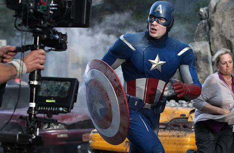 Captain America Chris Evans confirms six film Marvel contract