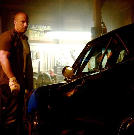 New Fast and Furious 7 picture features Vin Diesel and a familiar Dodge Charger