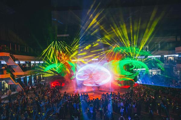台中軟體園區 Dali Art藝術廣場是首座將藝術與新科技結合的文創廣場 (圖片來源/台中軟體園區 Dali Art藝術廣場)