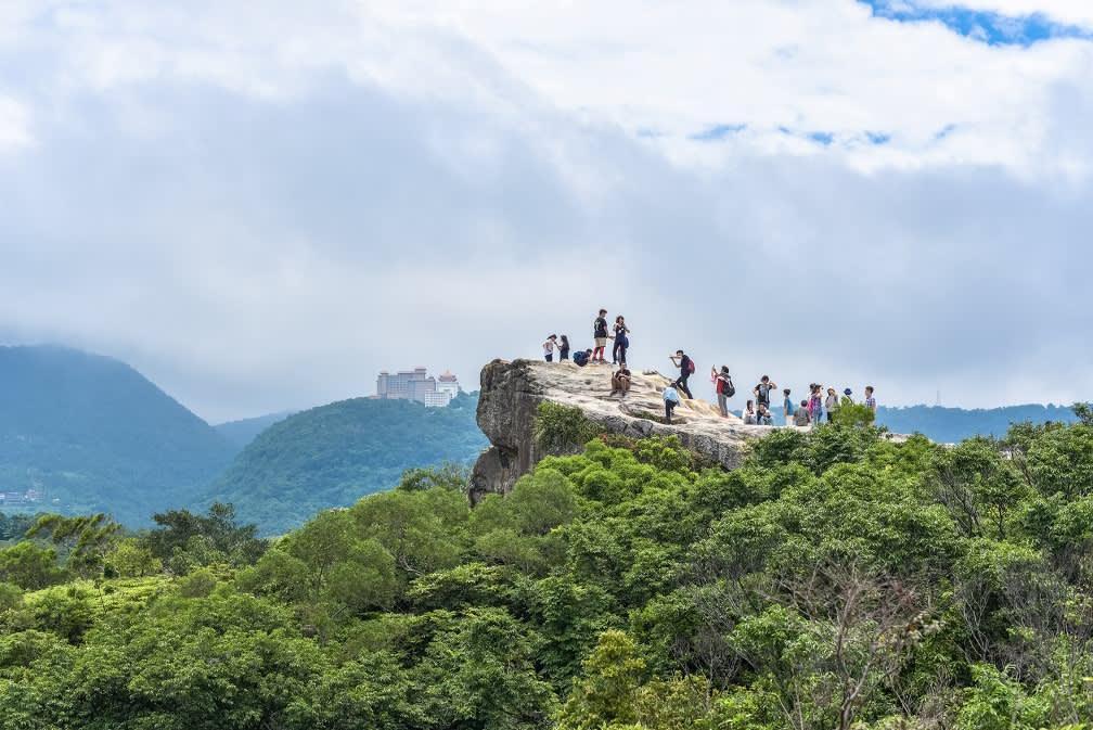 軍艦岩的巨石風景非常漂亮 photo by Silent Jo CC by 2.0