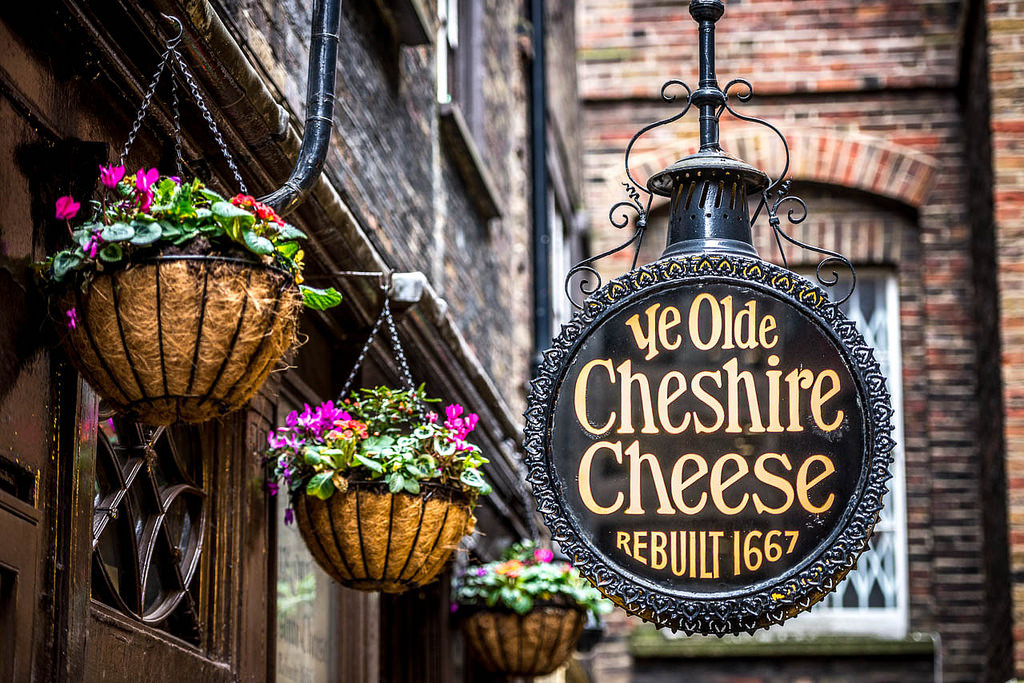 Ye Olde Cheshire Cheese - Fleet St