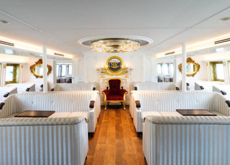 ▲特等艙的沙發座椅或裝潢都較普通艙多了點高級感