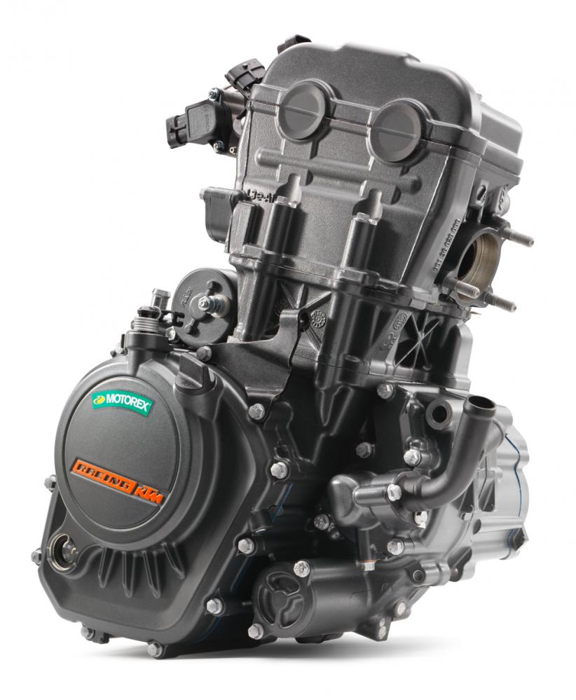 124cc DOHC水冷單缸引擎。