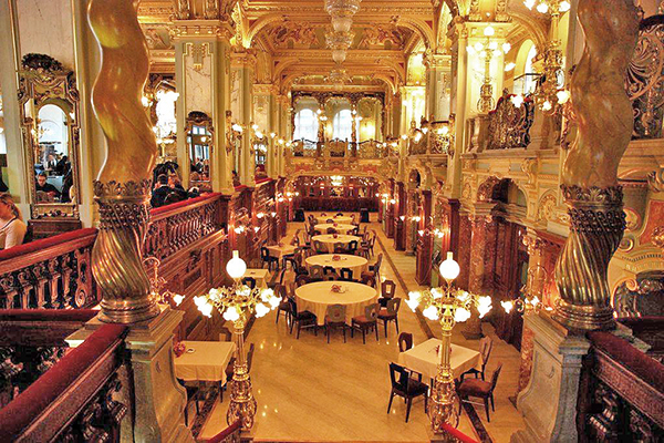 布達佩斯紐約咖啡館 (圖/New York Café,以下同)