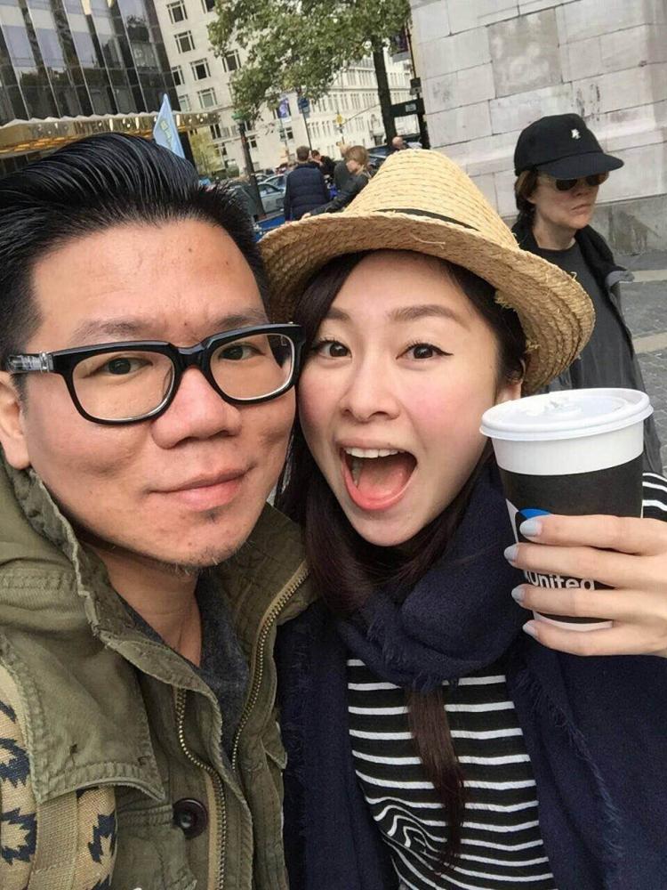 張棋惠與黃冠龍交往五年結婚,日前兩人甜蜜前往紐約度蜜月。