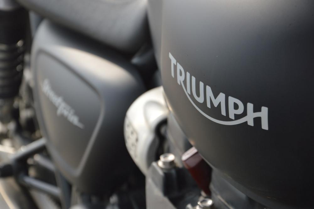 【重機環台】男子漢打工換宿之旅Triumph Street Twin環島試駕