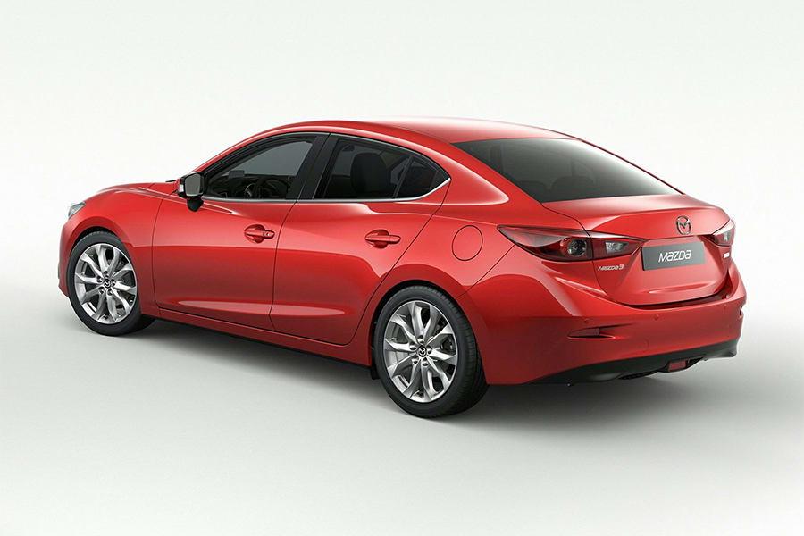 6月進口轎車排行榜再度由Mazda Mazda3蟬聯冠軍,總共賣出702台,與第2名的Suzuki Swift保持2倍以上差距