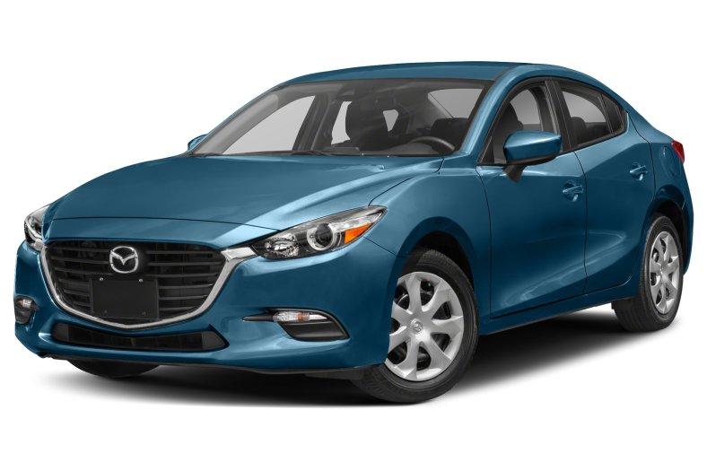 從本月進口轎車排行榜,再度見識到Mazda Mazda3熱銷魅力,以967台穩居冠軍寶座,完全無畏本月的不景氣