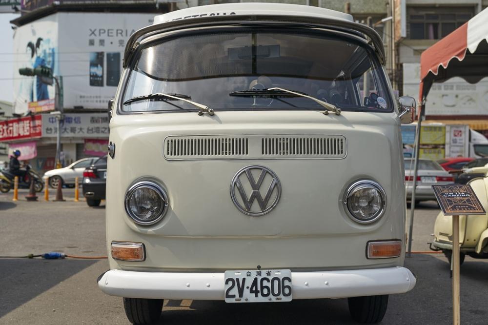 Volkswagen T2 正面