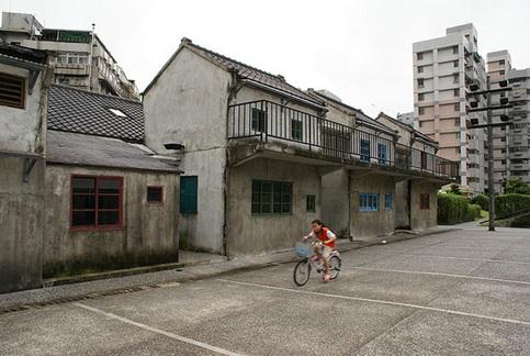 圖說:台北土地稀少與陸資及海外資金,讓高價搶地熱潮不斷上演。圖片來源:flickr@雷米 杜 http://ppt.cc/M-c5
