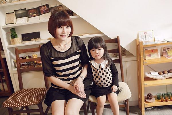 [Y!Fashion Select] 親子時尚 部落客 Audrey媽:路人回頭路100% ♥ 秋季時尚吸睛親子裝、母女裝穿搭