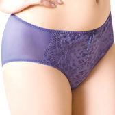 思薇爾-挺美學系列M-XXL蕾絲中腰三角內褲(楹花紫)