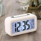 學生鬧鐘 【 送電池 】電子鬧鐘學生夜光鬧鐘靜音創意兒童時鐘智能鬧鐘可愛 快速出貨