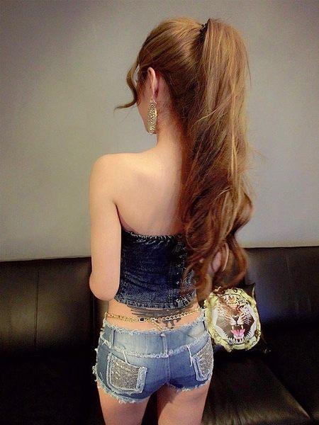 衣美姬♥耀眼亮片 時尚性感牛仔短褲 毛邊 後口袋 翹臀辣褲  熱褲