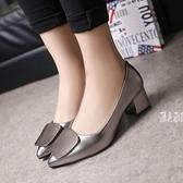 大尺碼女鞋2019新款韓版大碼尖頭淺口單鞋中跟粗跟女鞋黑色Ol鞋 JA5152『麗人雅苑』