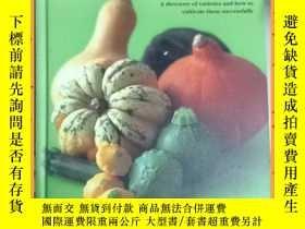 二手書博民逛書店英文書罕見Growing Squashes & Pumpkins: A Directory o... 生長南瓜和南