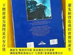 二手書博民逛書店OVER罕見CANADA (英文原版、精裝8開加拿大攝影集,品尚