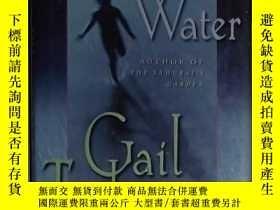 二手書博民逛書店英文原版罕見Dreaming Water by Gail Tsu
