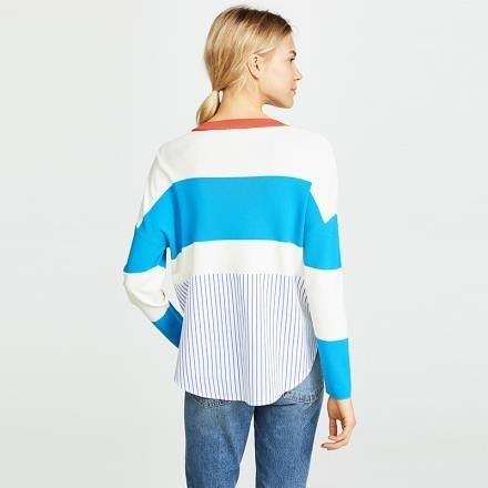 【南紡購物中心】《D Fina 時尚女裝》 寬鬆V領 寬條紋撞色針織後圓弧下擺毛衣