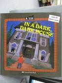 【書寶二手書T6/語言學習_ZER】在很暗、很暗的屋子裡_東西圖書編輯部_附光碟