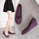 新款厚底楔形時尚春季鏤空雨鞋女成人韓版果凍鞋透氣膠鞋防滑雨靴沙灘 美芭