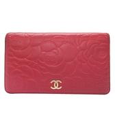 CHANEL 香奈兒 粉紅色山茶花壓紋羊皮金色logo對折式長夾Camellia Wallet【BRAND OFF】
