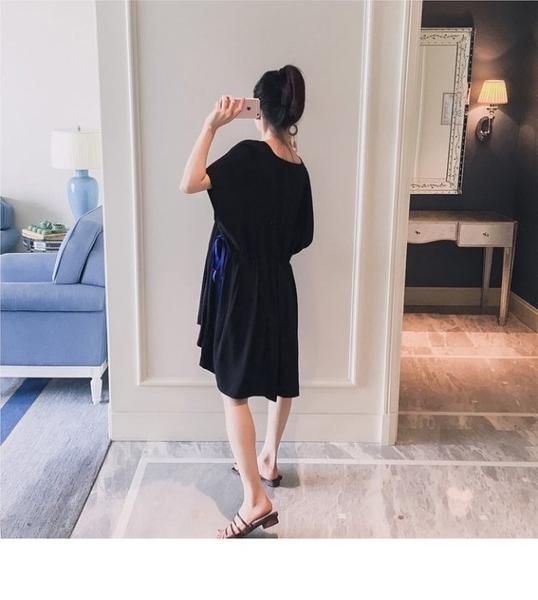 漂亮小媽咪 獨家訂製款 孕婦洋裝 【D8211】 V領 高腰 綁帶 寬袖 洋裝 短袖洋裝 孕婦裝 娃娃裙