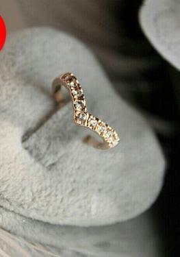 預購 - 新款V形鑲鑽小指戒指尾戒