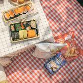 范范同款野餐墊紅白格加厚戶外便攜防潮墊帳篷野餐布春游野營地墊 挪威森林